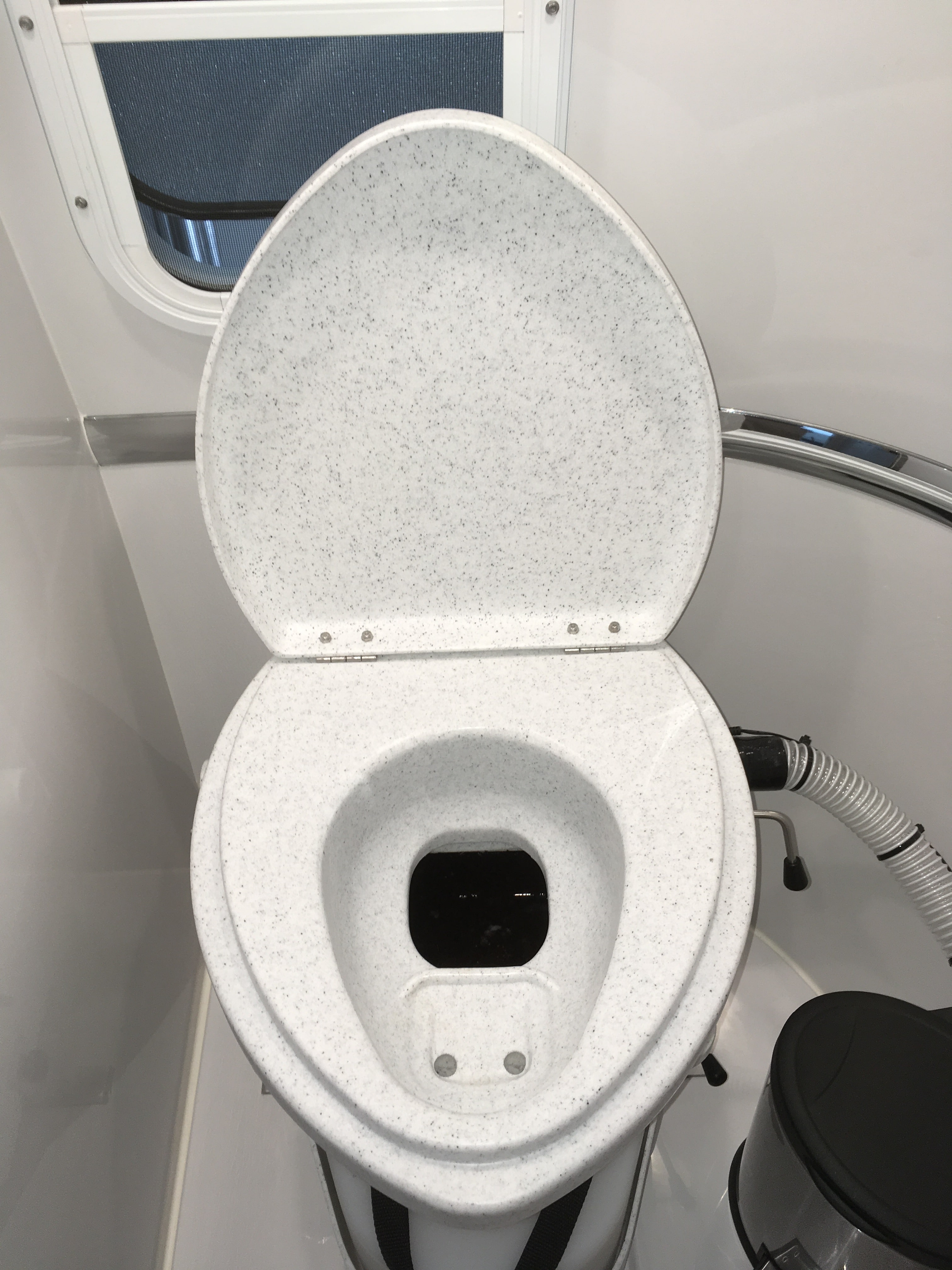 Magnificent Natures Head Composting Toilet Installation In An Oliver Ibusinesslaw Wood Chair Design Ideas Ibusinesslaworg